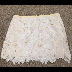 Dolce Vita White and Cream Lace Skirt